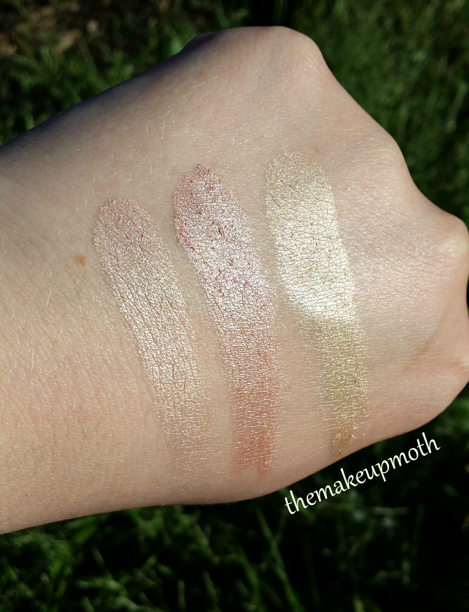 Flower Beauty Shimmer And Strobe Highlighting Palette Review And